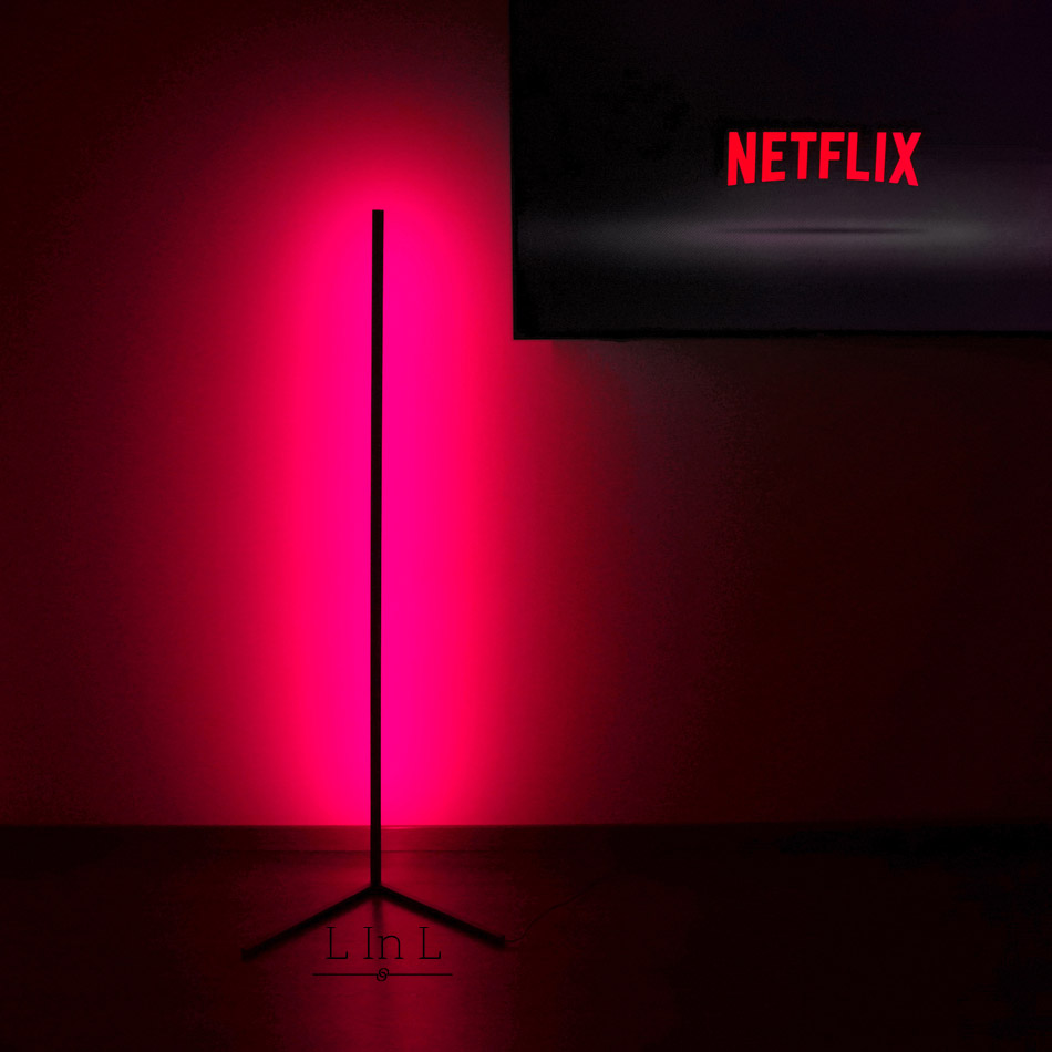 Sindra lamp red color with Netflix 7